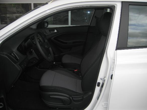 Excellent Hyundai I20 Gb Level 2 1 25 Autohaus Puntinger Beatyapartments Chair Design Images Beatyapartmentscom